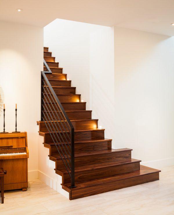 Prairie Modern Staircase